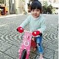 【焦糖媽】- Kinderfeets美國木製平衡滑步車/教具車 訓練孩子平衡感的好工具