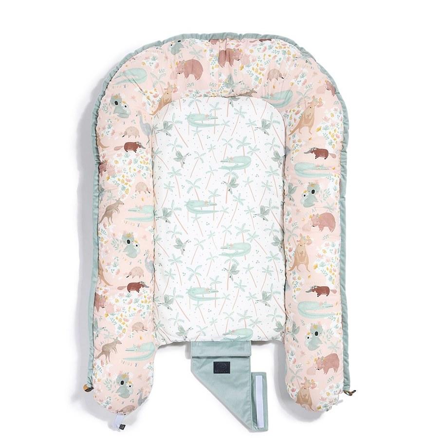 La Millou Velvet頂級棉柔嬰兒睡窩-澳洲森友會(粉底)-舒柔燻綠