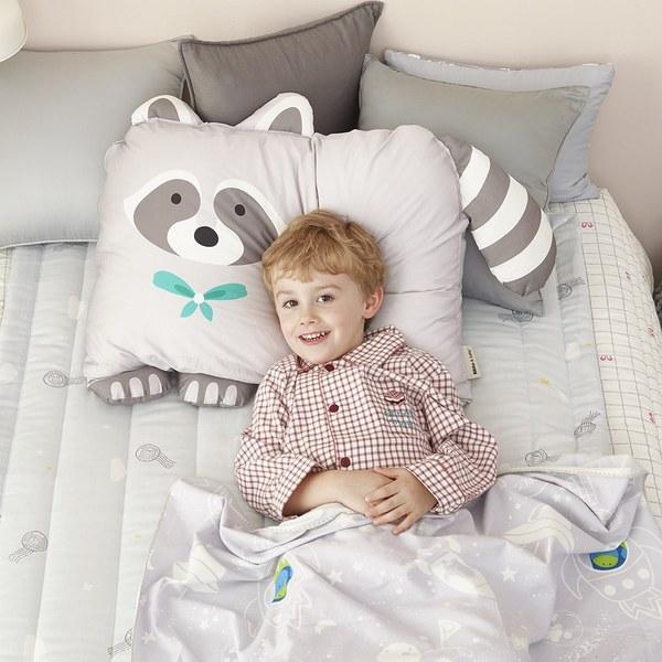 Milo & Gabby 動物好朋友-超細纖維防蟎大枕心+枕套組(AMI浣熊)
