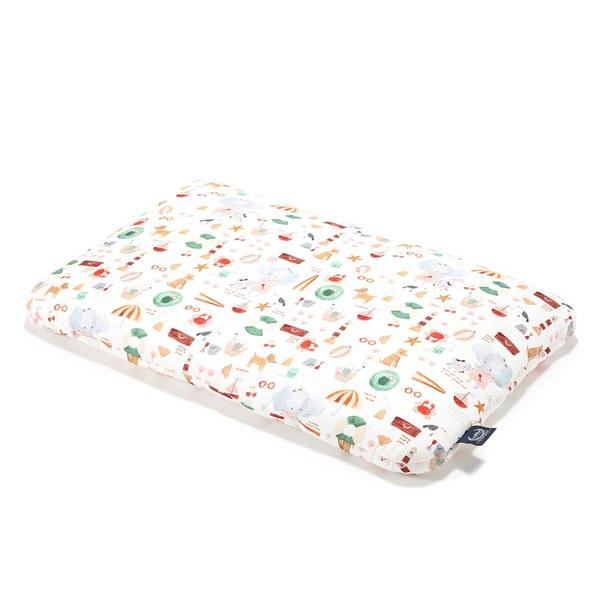 【預購商品,5/3起陸續出貨】La Millou 竹纖涼感小童枕加大-30 cm x 50 cm (海灘小象-紅)