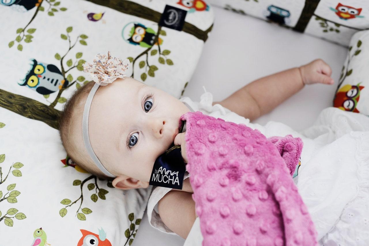 當個Chill時尚媽咪!逗寶DollBao 3大明星單品 讓育兒生活輕鬆開外掛
