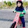 【Tiss媽】- Kinderfeets美國木製平衡滑步車開箱文-結合蒙特梭利的第一部自然教具車