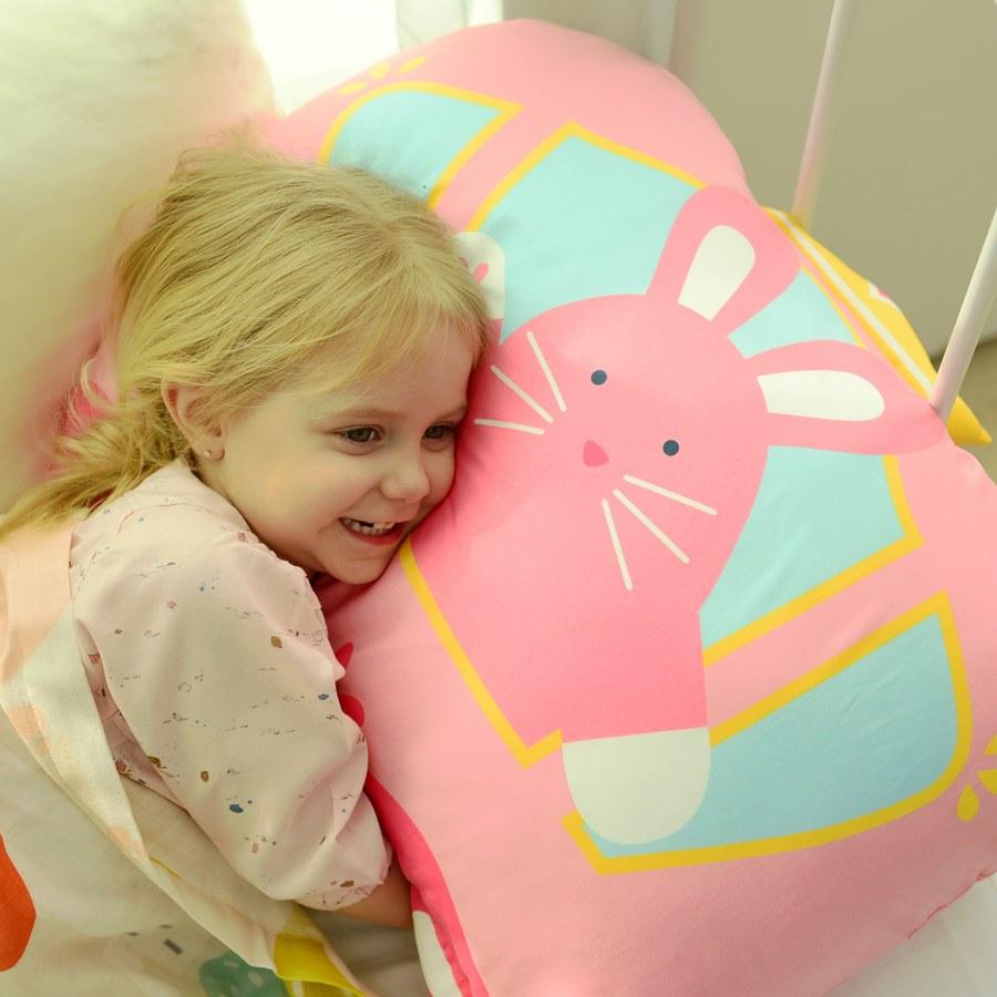 Milo & Gabby 動物好朋友-超細纖維防蟎大枕心+枕套組(LOLA公主兔兔)