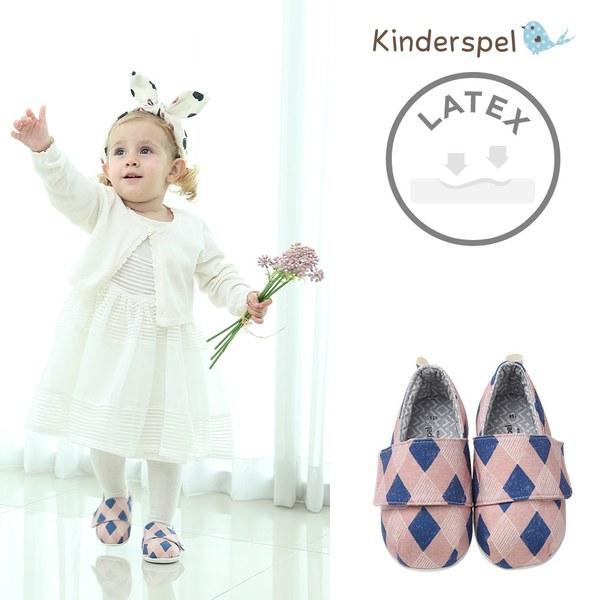 Kinderspel 輕柔細緻.棉花糖休閒學步鞋(英倫粉菱格)