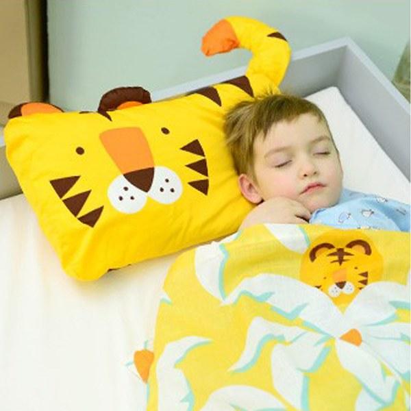 【此商品為預購品,於4/10起出貨】Milo & Gabby 動物好朋友-超細纖維防蹣抗菌mini枕心+枕套組(TOM小虎)