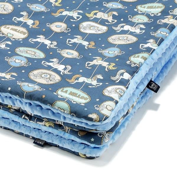 La Millou 暖膚豆豆毯(加大款)-旋轉小木馬(藍底)-蒙地卡羅藍
