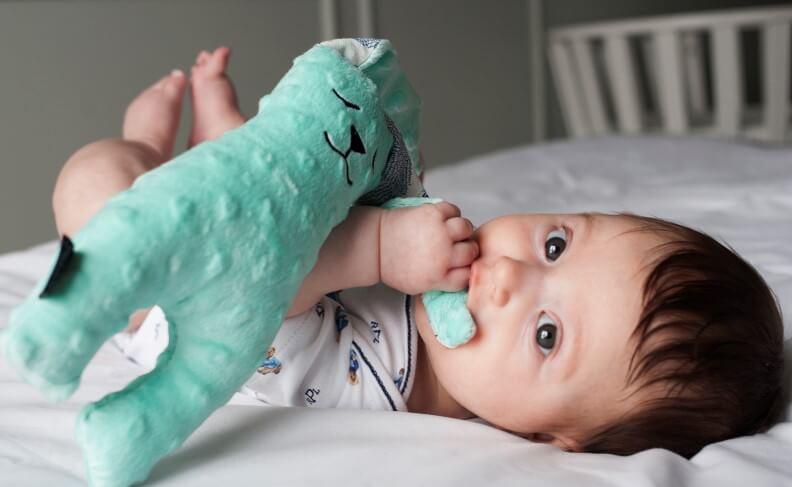 安撫嬰兒玩偶如何讓寶寶安心?