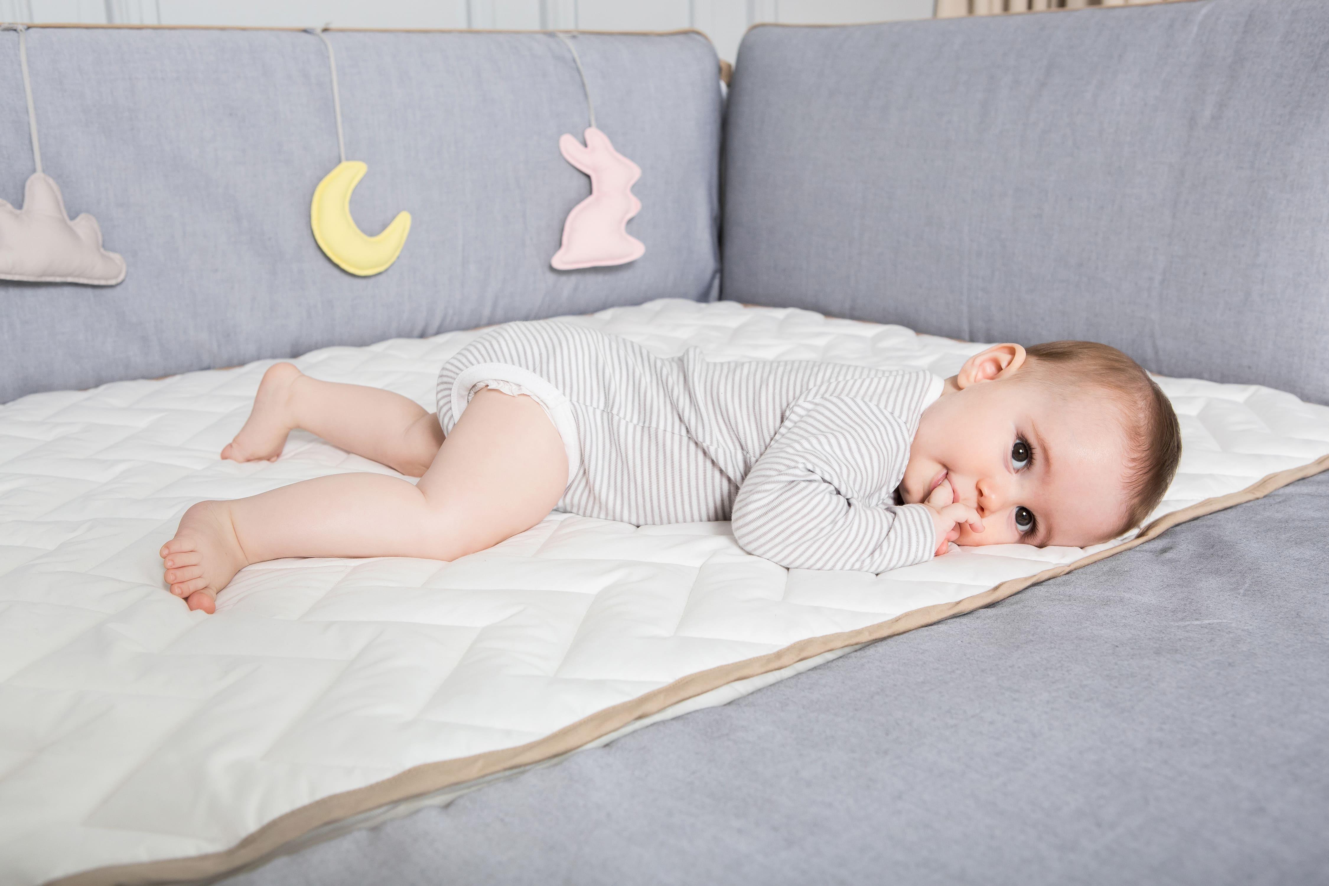 gunite嬰兒床好清洗